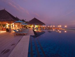 Anantara Veli Maldives Dhoni Bar and Pool