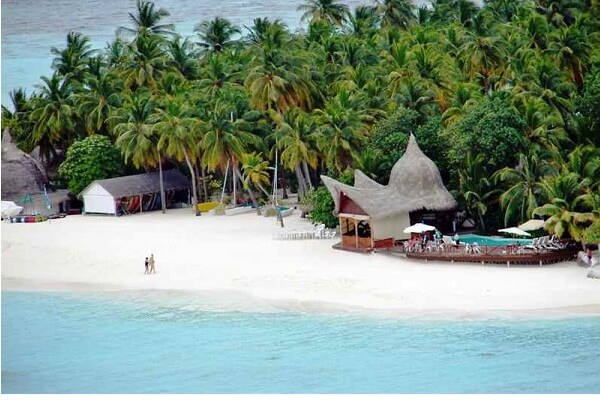 Beautiful Beach @ Thulhagiri Island Resort Maldives