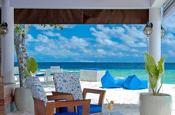 Malahini Kuda Bandos Resort, Maldives