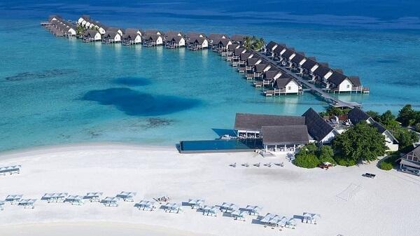 Overwater Villas at Four Seasons Resort Maldives at Landaa Giraavaru