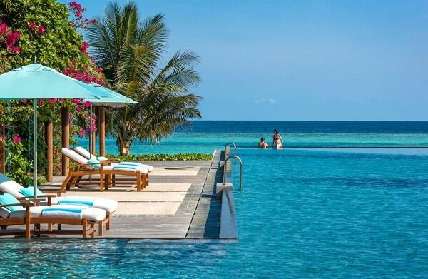 Swimming Pool at Four Seasons Resort Maldives at Landaa Giraavaru