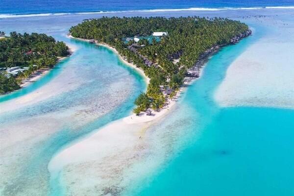 Aitutaki Overwater Bungalows Lagoon Resort and Spa