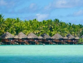 Aitutaki Overwater Bungalows Lagoon Resort and Spa
