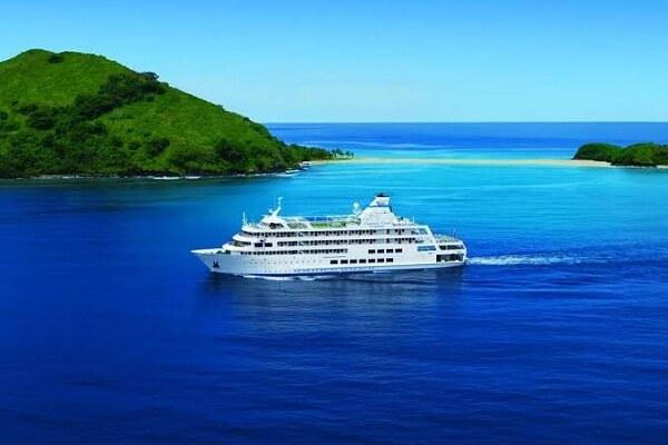 Captain Cook Cruise Fiji