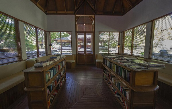 Reading Area at Filitheyo Island Resort Maldives